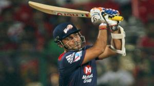 Dashing Batting by Virender Sehwag - DD vs MI - PEPSI IPL 6 - Match 28