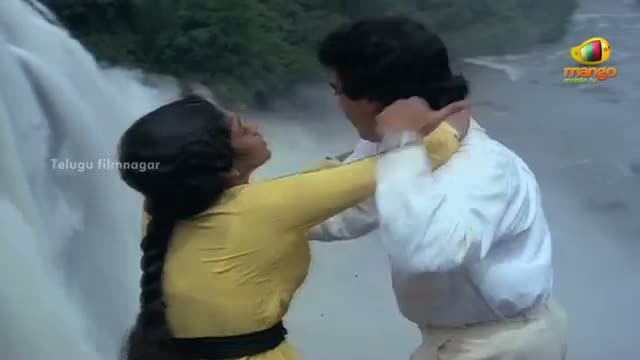 Dance Master Movie Scenes - Kamal Haasan & Rekha jumping off a cliff - ft. Kamal Haasan - Telugu Cinema Movies