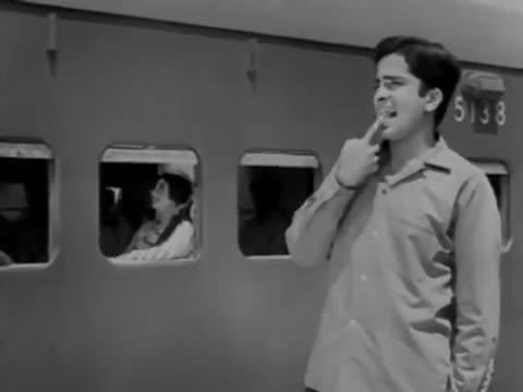 Love Blossoms - Shashi Kapoor, Nanda - Mehndi Lagi Mere Haath
