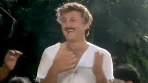 Bollywood Best Comedy Scene - Anupam Kher - Baali Umar Ko Salaam