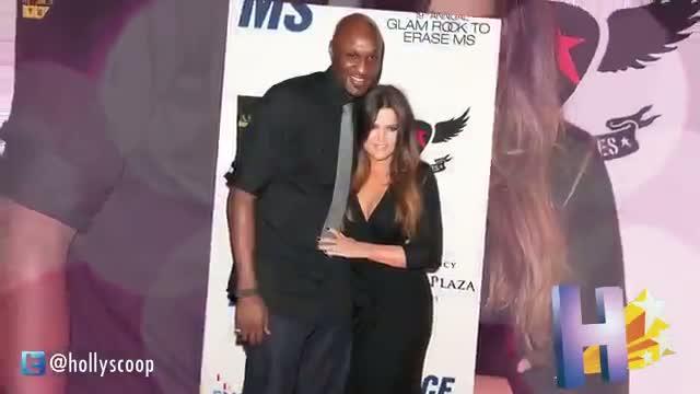 Kim and Khloe Kardashian: Alone & Miserable On Family Vacation?