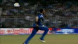 Pollard pulls off another Spectacular Catch - PEPSI IPL 6 - MI vs KXIP - Match 41