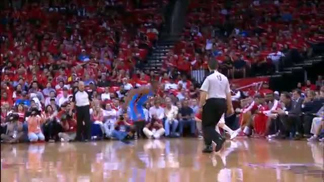 NBA: Durant's great save & check-in with the fans!