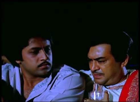 Aish Karne Ki Umar - Sanjeev Kumar - Superhit Drama Scene - Ayaash