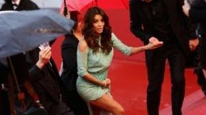 Eva Longoria Wardrobe Malfunction at Cannes 2013