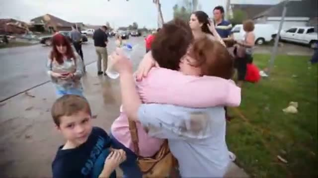 Tearful Reunion After Okla. Tornado