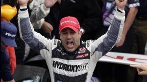 Tony Kanaan wins first Indy 500