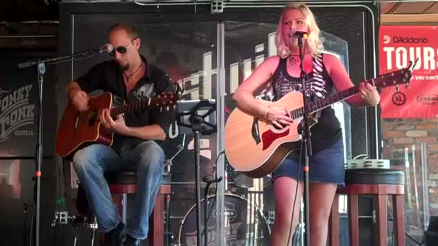Miranda Lambert - Mama's Broken Heart (Stew & Stacy Acoustic Cover)