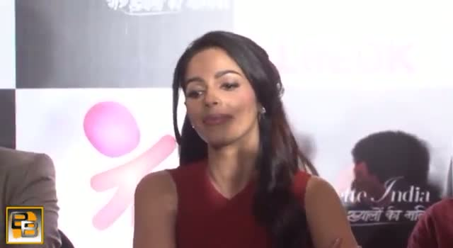 Mallika Sherawat INSULTS India on international Tv show