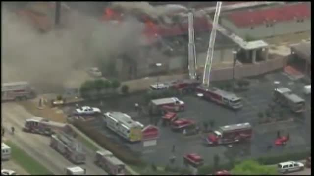 Texas Five-alarm Fire Injures Firefighters