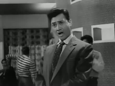 Tin Kanashtar Peet Peet Kar - Dev Anand, Mala Sinha - Best Classic Song - Love Marriage