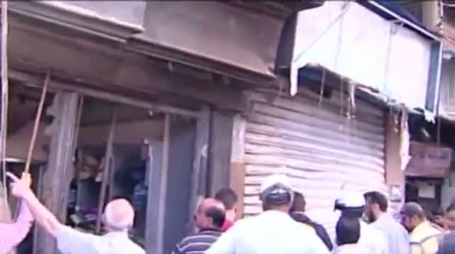 Watch Suicide Bomb Aftermath in Syria (video id - 321b969d7c) video - Veblr  Mobile