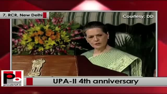 Sonia Gandhi at UPA-II 4th anniversary: We respect PM, and we all stand by him