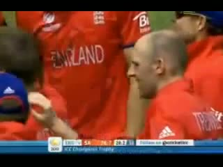 Jonathan Trott Brilliant Run out England vs South Africa - 1st Semi Final Champions Trophy 2013 - 19-6-2013