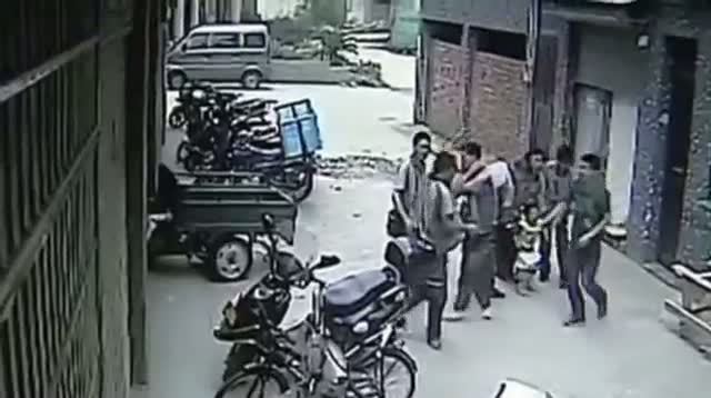 Dramatic Catch of Toddler Falling 5 Floors