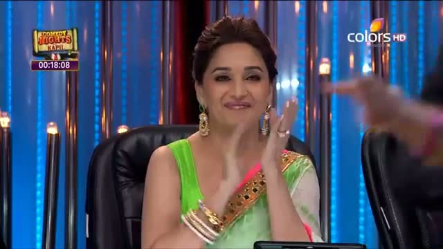 Jhalak Dikhhla Jaa - 22 June 2013 (Season 6) - Episode 7 - Karan Johar's dance on the stage