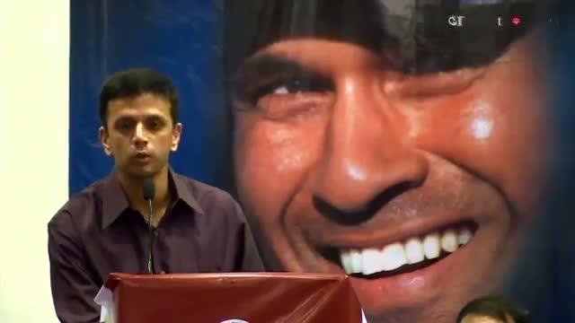 Rahul Dravid mimics Sachin Tendulkar