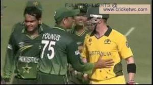 Fight Between Umar Akmal & Brad Haddin 19/03/2011