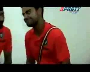 VIRAT KOHLI MAKES FUN OF DHONI !!