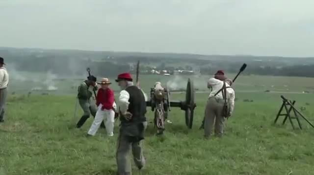 Thousands Re-fight the Battle of Gettysburg