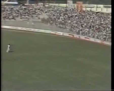 SUNIL GAVASKAR 121 (100 off 94 balls) vs WEST INDIES 1983 2nd test Delhi