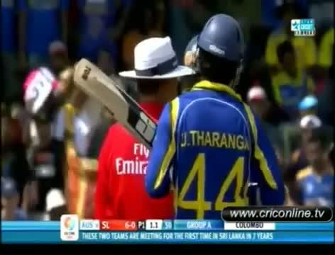 Tilakaratne Dilshan clash with Shaun Tait
