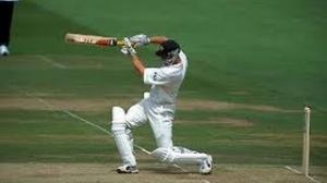 Adam gilchrist 152 in ashes 2001