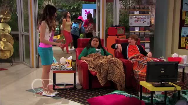 """Austin & Ally"" Clip - ""Tunes and Trials"""