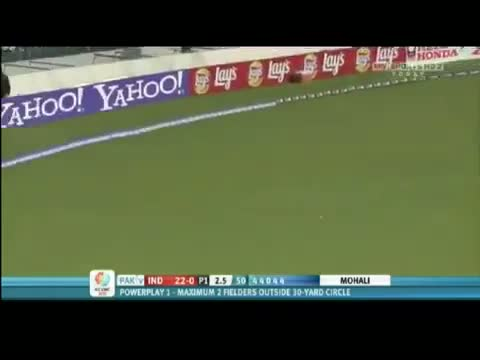 SEHWAG KILLED A PAKISTANI FAN - MUST SEE