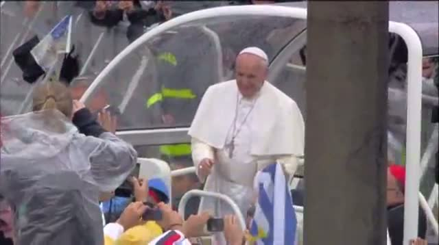 Pope Arrives for Mass in Aparecida