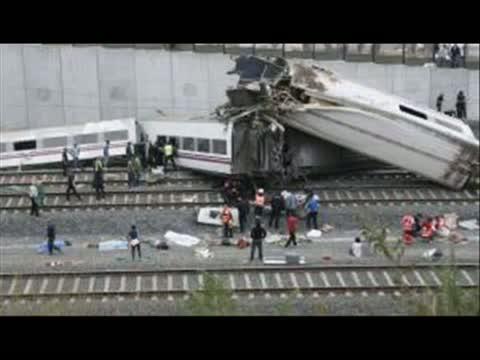 NUEVAS IMAGENES del tragico accidente de tren de Santiago de Compostela / Train accident 2013