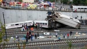 Spain train crash: Dozens killed as high-speed train derails in Santiago de Compostela