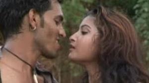 "Gori Chori Chori (Full Bhojpuri Hot Video Song) By Ram Chela Dharmi - Album ""Paltuaa Jab Sataee"""
