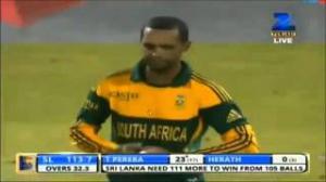 Thisara Perera 35 Runs Full Over Highlights - Sri Lanka vs South Africa 3rd ODI - 26 July 2013