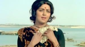 Aayegi Zaroor Chitthi - Lata Mangeshkar Superhit Hindi Song - Hema Malini, Jitendra - Dulhan (1974)