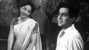 Bahut Betaqalluf Huye Ja Rahe Hai - Romantic Song - Dilip Kumar, Mumtaz Shanti - Ghar Ki Izzat (1948)