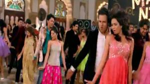 Grand Masti Title Song - Riteish Deshmukh, Vivek Oberoi & Aftab Shivdasani