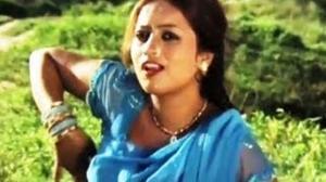Gaja Ke Mazaa Ghadi Du Ghadi Ke ( Bhojpuri Video Song ) Movie - Butan