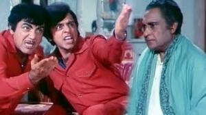 Sneezing Replies - Superhit Crazy Comedy Scene - Mehmood, Ashok Kumar, Vinod Mehra - Do Phool (1973)