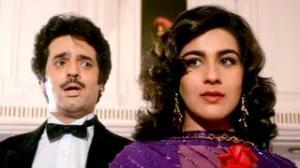 Bul Bul Yeh Desh Paraya Hai - Hindi Movie Song - Kala Dhanda Gorey Log (1986) - Amrita Singh, Akbar Khan