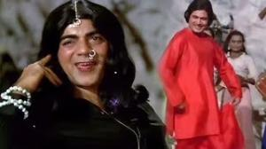 Mehmood Comedy Song - Hamara Kaam Hai - Hatyara (1977) - Rajesh Khanna in a Special Guest Appearance (Old is Gold)