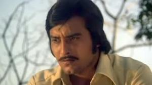 Ek Din Jeet Ka Ek Din Haar Ka - Bollywood Sad Song - Vinod Khanna - Hatyara (1977)