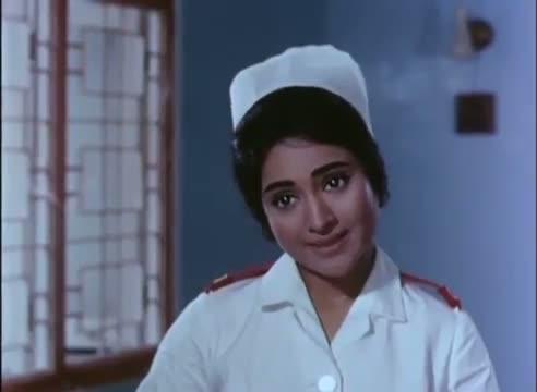 Vyjayanthimala's Generous Act - Best Nurse - Saathi (1968) - Superhit Scene - Rajendra Kumar