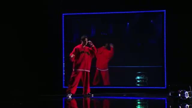 Kenichi Ebina - Robotic Dancer Performs Battle Against Himself - America's Got Talent 2013