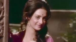 Jab Se Tune Bansi Bajai Re - Hindi Krishna Song - Aarop (1973) - Saira Banu, Vinod Mehra, Vinod Khanna