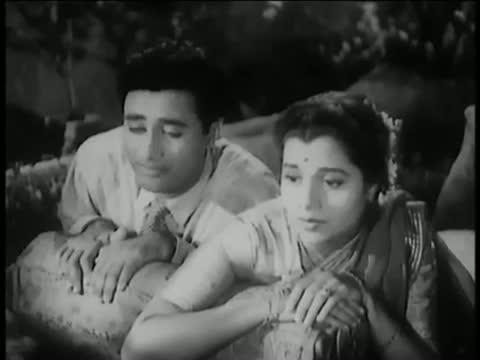 Yaad Kiya Dil Ne Kahan Ho Tum - Best Romantic Hindi Song - Dev Anand, Usha Kiran - Patita (1953)