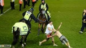 (Violence) Bristol City vs Bristol Rovers Fight Between Fans And Police Use Horse 2013