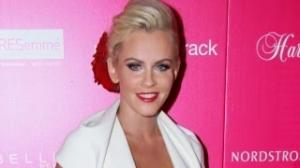 Jenny McCarthy Shows Too Much?