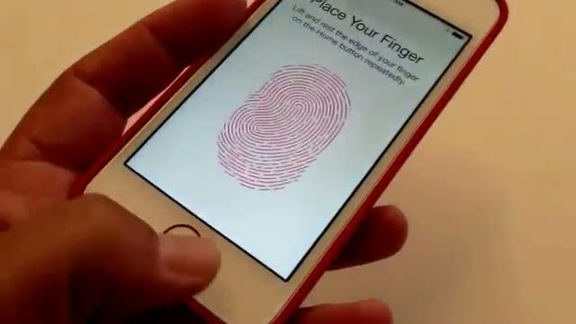 Hands on with iPhone 5S Touch ID fingerprint scanner