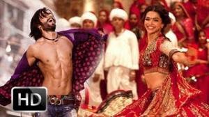 """Movie Stills Of """"Ram Leela"""" - Deepika Padukone & Ranveer Singh"""